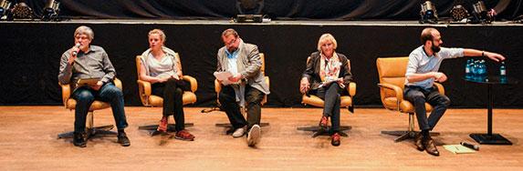 Auf dem Podium (von links):?Martin Hagemann, Julia von Heinz, Alfred Holighaus, Claudia Dillman. | Foto © Klaus Redmann