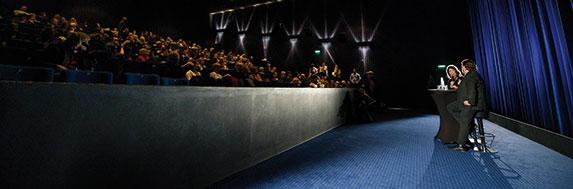 248f36048d64b4 Filmfeste sind meist mehr als Glitzer und Party. Sondern Werkstätten der  Filmkultur – und eine Chance fürs Kino.